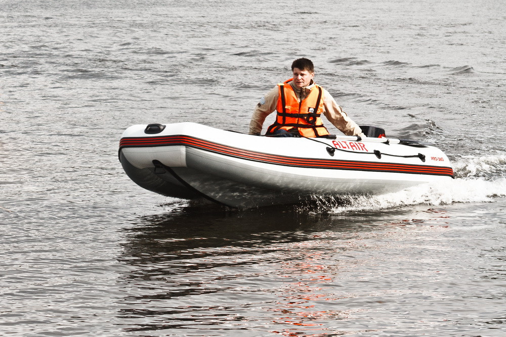 Лодка надувная ALTAIR ALFA-280К (Фанерная слань)